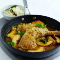 Südafrikanisches Aprikosen-Zitronen-Hühnchen mit Pilaw-Reis HR