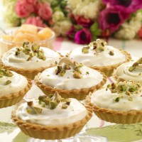 Miniature grapefruit meringue pies 2