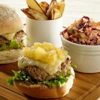 Pork burgers with apple and red cabbage coleslaw